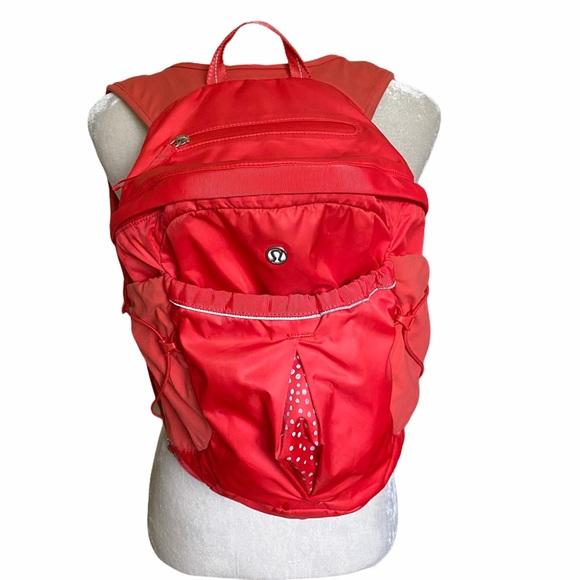 Lululemon Run All Day backpack pink